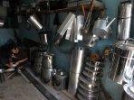 bahan-baku-pembuatan-panci-naik_20150918_012125.jpg