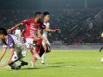 bali-united-vs-persita-tangerang-di-laga-liga-1-idonesia_20200302_094306.jpg