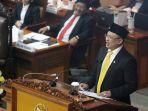 bambang-soesatyo-resmi-jabat-ketua-dpr_20180115_193124.jpg