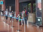 bandara-soekarno-hatta-lenggang-jelang-larangan-mudik-lebaran_20210505_213311.jpg