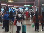 bandara-soekarno-hatta-lenggang-jelang-larangan-mudik-lebaran_20210505_213320.jpg