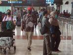 bandara-soekarno-hatta-lenggang-jelang-larangan-mudik-lebaran_20210505_213328.jpg