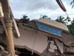 bangunan-rusak-akibat-gempa-di-pidie-jaya_20161207_091837.jpg