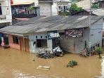 7 Unit Mobil Pompa Penyedot Air Dioperasikan, Banjir di Cipinang Melayu Mulai Surut