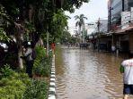 banjir-di-depan-pn-jakarta-pusat.jpg