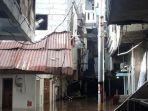banjir-di-jakarta-senin-5-oktober.jpg
