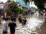 banjir-di-jalan-bangka-i-mampang_1.jpg