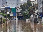 banjir-di-jalan-bendungan-hilir-gang-iv-jakarta.jpg
