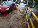 banjir-di-jalan-cikutra-barat-kota-bandung_20181127_174152.jpg
