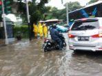 banjir-di-medan-merdeka-timur-gambir.jpg