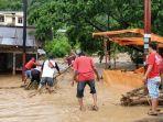 banjir-di-parapat-35.jpg