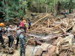 banjir-kayong-utara11111.jpg
