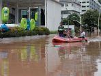 banjir-landa-kawasan-kemang-jakarta-selatan_20210220_153340.jpg