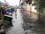 banjir-rob-menggenang-di-pelabuhan-perikanan-muara-angke.jpg
