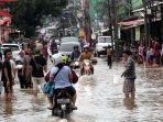 banjir-setinggi-15-meter-genangi-kampung-makasar_20200102_063832.jpg