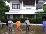 banjir-turut-merendam-bagian-depan-rk.jpg