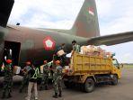 Satgas Zeni TNI AD Bangun Tandon Penuhi Kebutuhan Air Bersih Korban Gempa di Mamuju
