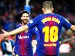 barcelona-lionel-messi-dan-jordi-alba-vs-levante_20180108_072022.jpg