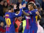 barcelona-lionel-messi-dan-paulinho-vs-levante_20180108_191937.jpg