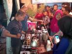 barista-kopi-kumpul-di-banyuwangi_20161106_113011.jpg