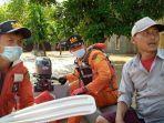 Basarnas Evakuasi 30 Warga Sumber Urip yang Terjebak Banjir Akibat Tanggul Sungai Citarum Jebol