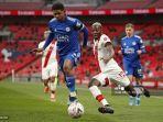 VIDEO Momen Wesley Fofana Buka Puasa di Tengah Pertandingan, Rodgers Beri Pujian