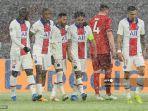 bek-paris-saint-germain-brasil-marquinhos-kanan-ke-3-merayakan-gol-0-2-bersama-rekan-satu-timnya.jpg