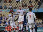bek-spanyol-aymeric-laporte-tengah-mencetak-gol-kedua.jpg