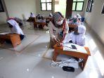 belajar-bersama-di-kantor-kelurahan-jatirahayu-bekasi_20200805_221449.jpg