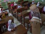 DKI Mulai Uji Coba KBM di Sekolah, Orangtua Diberi Hak Penuh Pilih Sistem Belajar Anaknya