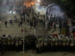 bentrokan-aparat-dengan-mahasiswa-dan-pelajar-berlangsung-hingga-malam-hari_20191001_020320.jpg