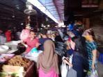 berbelanja-kebutuhan-idul-fitri-di-pasar-kebayoran-lama-jakarta_20200524_075228.jpg