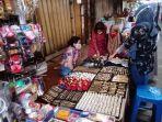 berbelanja-kebutuhan-idul-fitri-di-pasar-kebayoran-lama-jakarta_20200524_075314.jpg