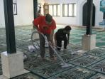 bersih-masjid-nih2_20160409_161546.jpg