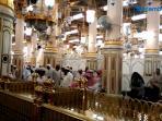 berziarah-ke-masjid-nabawi-madinah-01_20151208_123210.jpg