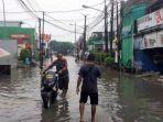 Akses Jalan Terputus Karena Banjir, Hindari Jalan Bintara Raya Bekasi