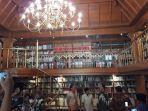 bj-habibie-dan-2-pemimpin-jakarta-di-perpustakaan-rumahnya_20171025_162528.jpg