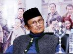bj-habibie-hadiri-konpers-pembajakan-film-indonesia_20160705_132412.jpg