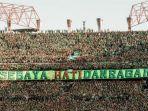 bonek-mania-memenuhi-tribune-stadion-gelora-bung-tomo.jpg