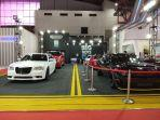 booth-glamour-auto-boutique.jpg
