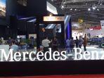 booth-truk-mercedes-benz_20180301_142427.jpg