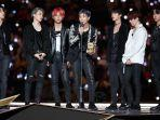 bts-wins-awards-at-2018-mama-japan.jpg