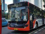 bus-baru-yang-diuji-coba-transjakarta-bus-ini-bukan-untuk-berjalan-di-jalur-khusus_20171120_121157.jpg