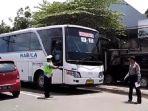 bus-dari-solo-menuju-jakarta_20161201_172202.jpg