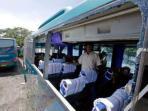 bus-pmtoh-korban-lemparan-batu_20160614_143313.jpg