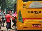 bus-sekolah___.jpg