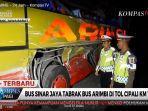 bus-sinar-jaya-vs-bus-aribi-di-tol-copali.jpg