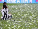Kisah Menarik Carlos Tevez Tentang Maradona dan Makna Nomor 10 di Boca Juniors dan Juventus