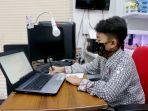 cegah-covid19-siswa-smp-islam-papb-ikuti-ujian-daring-di-rumah_20200603_170326.jpg