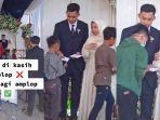 cerita-sepasang-pengantin-yang-membagikan-amplop-untuk-anak-yatim.jpg